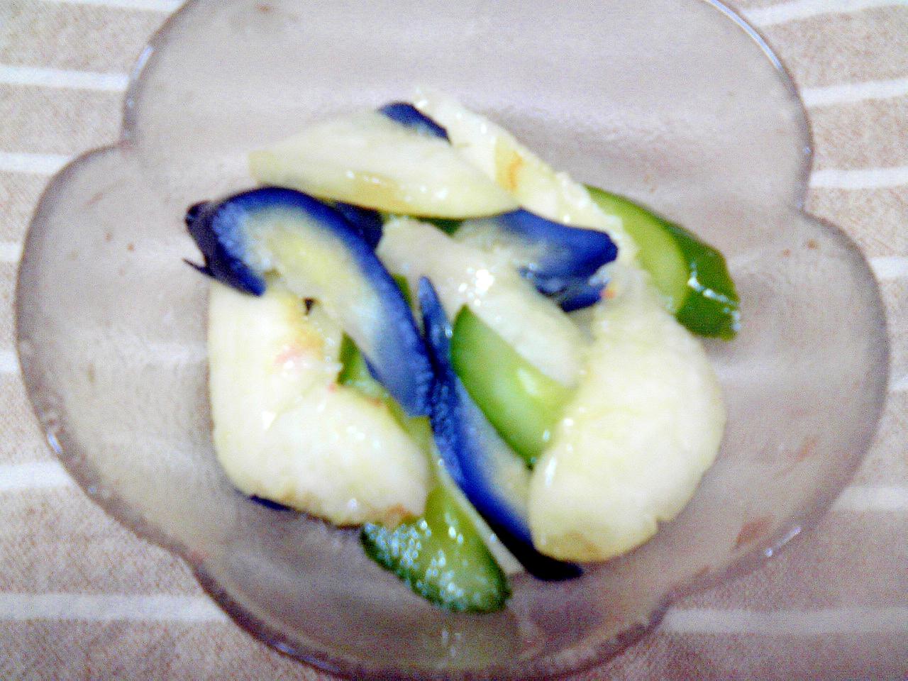 夏限定♪茄子と胡瓜の漬物に旬の桃