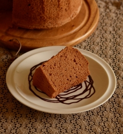 しっとり濃厚チョコシフォンケーキ