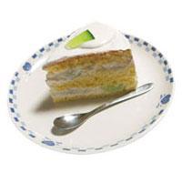 青肉メロンを使いました!メロンのショートケーキ