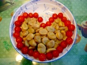 そら豆とトマトのサラダ