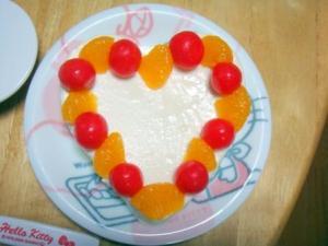 乳児のためのお誕生日ケーキ