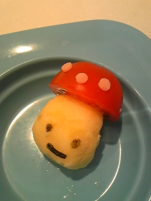 ミニトマトとマッシュポテトdeかわいいコドモダケ♪