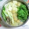 鶏肉団子を入れた豆乳鍋♪