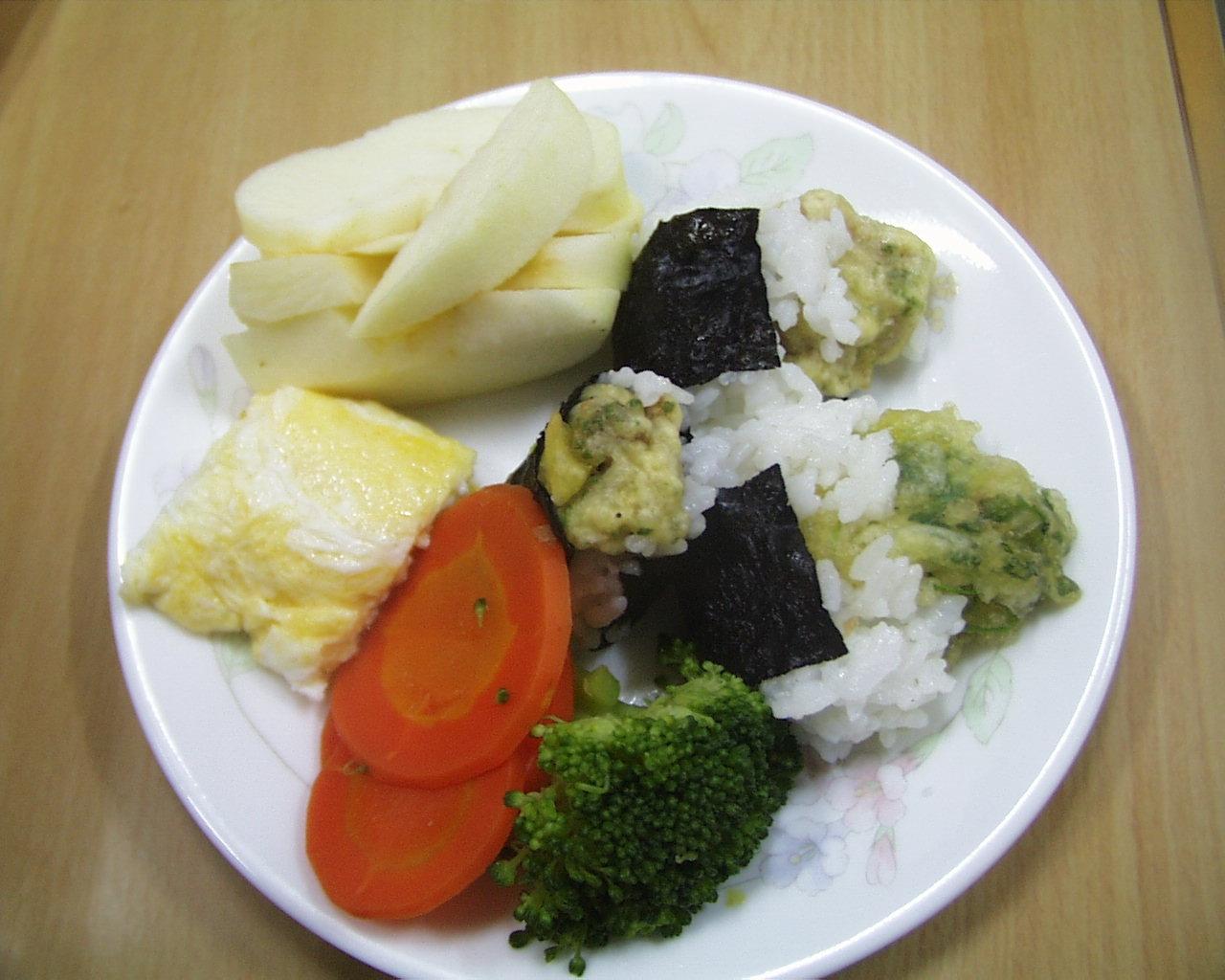 天ぷらむすびと野菜盛り合わせ