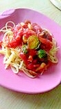 芽キャベツとベーコンのトマトパスタ