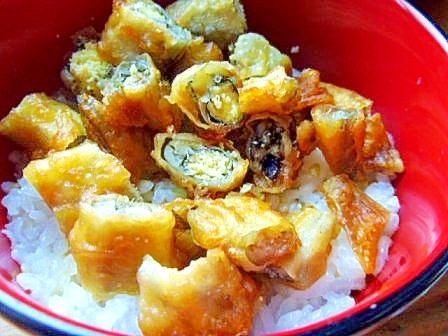 お惣菜のシシャモの唐揚で 天丼風小丼