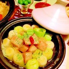 タジンdeふとっちょお葱とホクホク大和芋のオイル煮