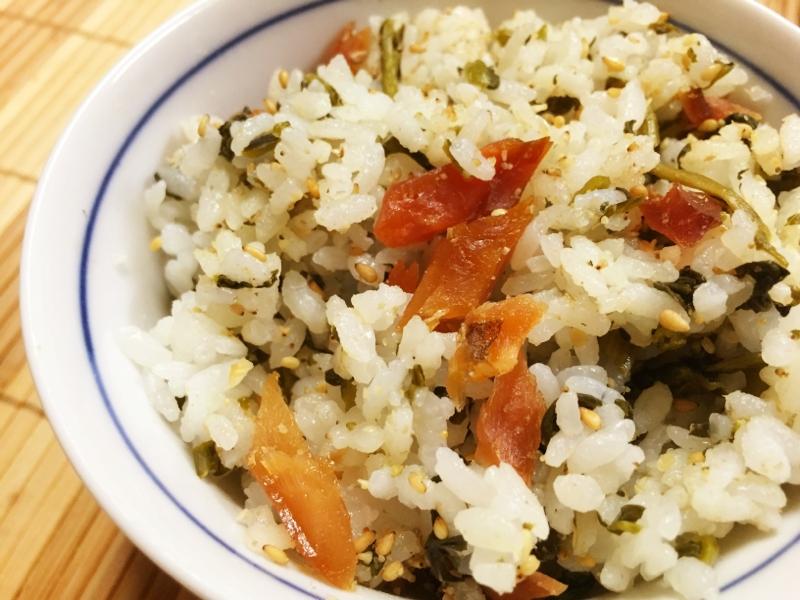鮭とばと冬菜の漬け物の混ぜごはん