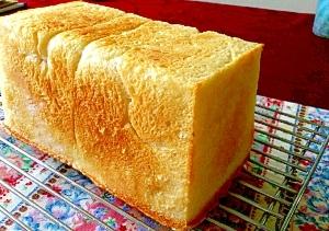 天然酵母で味わい深い食パン