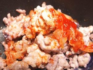 鶏ひき肉の和風キムチ炒め