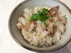骨取りも簡単に!秋刀魚の混ぜご飯