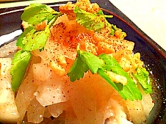 さりげに魚介風味な冬瓜のジューシーサラダ