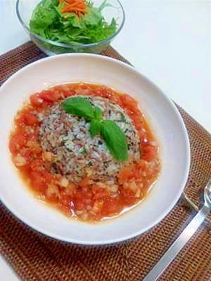 暑い夏に食欲そそるバジルライス&トマトサルサソース
