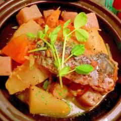 塩鯖缶de根菜のフランス風サフラン煮込み