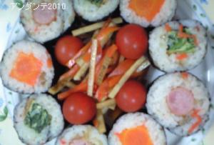 野菜嫌いも好きになる雛巻き寿司