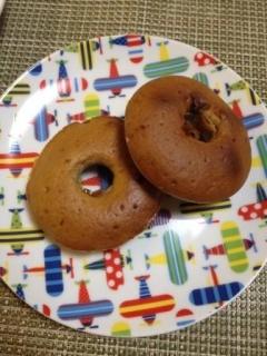 混ぜるだけ簡単!焼きチョコドーナッツ