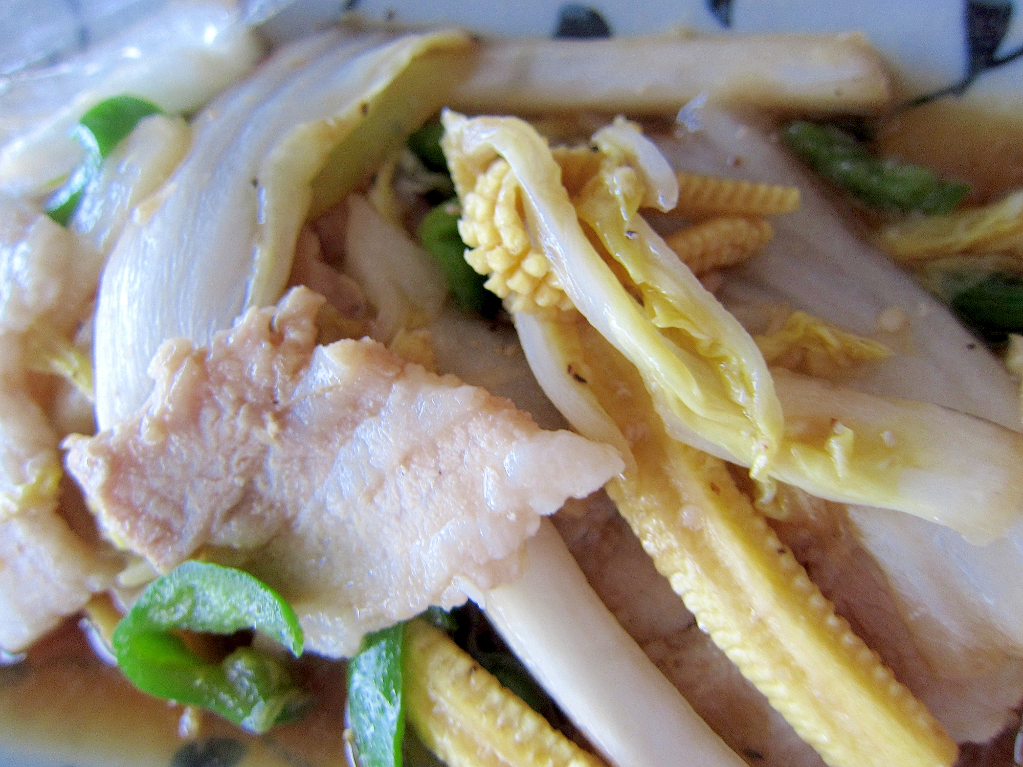 ヤングコーンと白菜豚バラ炒め