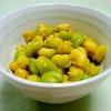 冷凍そら豆で塩麹カレー風味