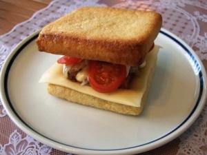 低糖質なサンドイッチ(スパム&しいたけ)