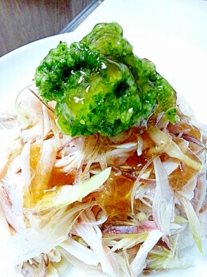 蒸し鶏とシャッキリみょうがのサラダ 胡瓜おろし添え