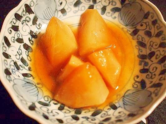 素朴☆ルクルーゼで蕪の味噌煮