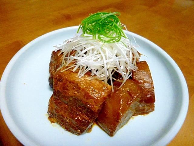 豚バラ肉と大根の八丁味噌煮