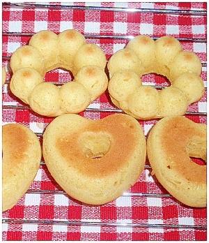 豆腐と白玉粉で作るヘルシーもちもち焼きドーナツ♪