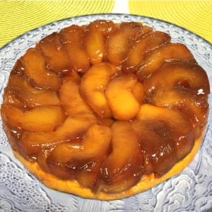 フランス菓子をお家で簡単に再現!秋の果物たっぷりの「タルトタタン」