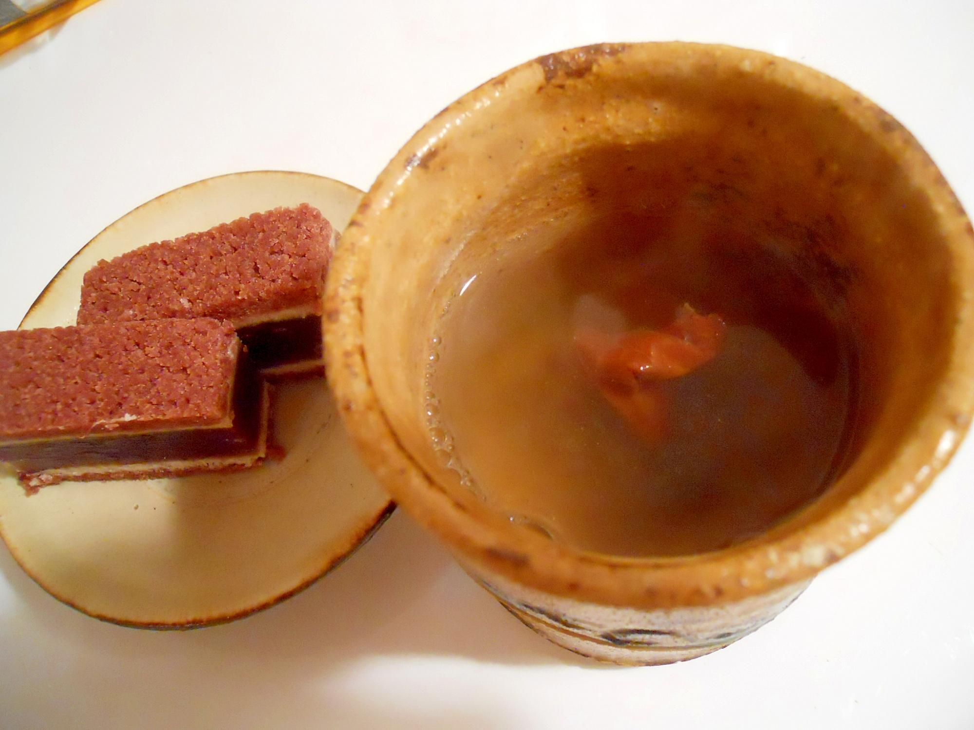 和菓子と一緒に☆梅昆布茶