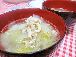 蒸し鶏レシピ♪うまみたっぷり白菜と春雨のスープ