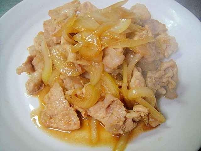 豚薄切り肉と玉ねぎの生姜焼き