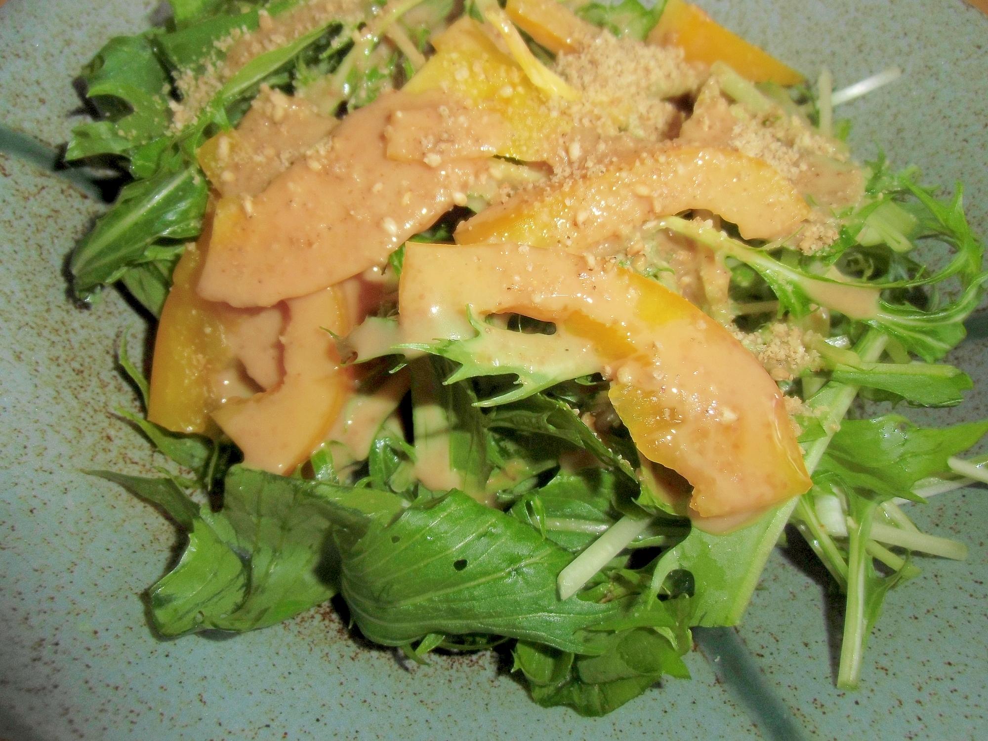 水菜と黄ピーマンの胡麻マヨサラダ丼