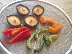 干すだけ☆簡単保存食。自家製干し野菜