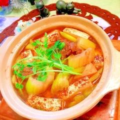 牛ほほ肉とセロリの炒め物de中華風 土鍋すき豆腐