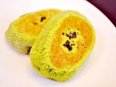 ゴマと抹茶が香る和菓子! 茶通(ちゃつう)