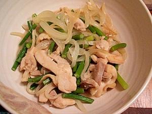 鶏肉とニンニクの芽の炒め物