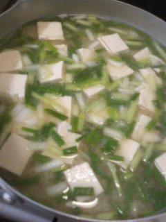 ワケギと豆腐の味噌汁