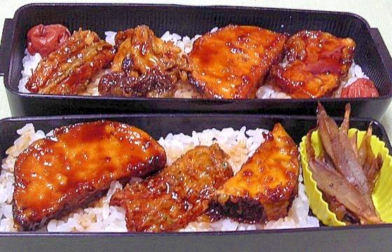 残った天ぷらで天丼弁当