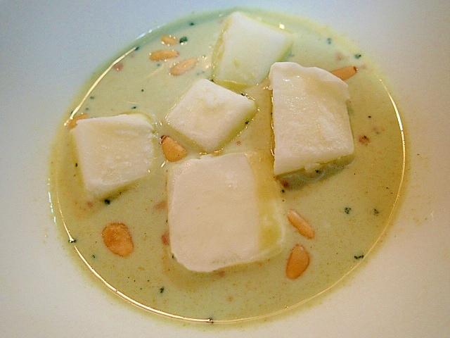 シャーベットと松の実入り ヘルシー豆乳デザート♪