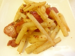 お弁当に☆冷凍ポテト&カリカリベーコン