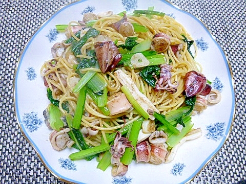 つまみになります♪小松菜とボイルやりいかのパスタ レシピ・作り方 by さとママ3645|楽天レシピ