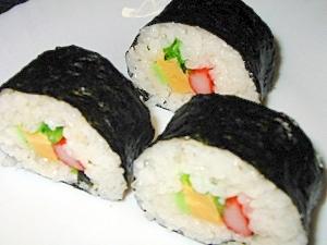 寄せ越せ具材の巻き寿司