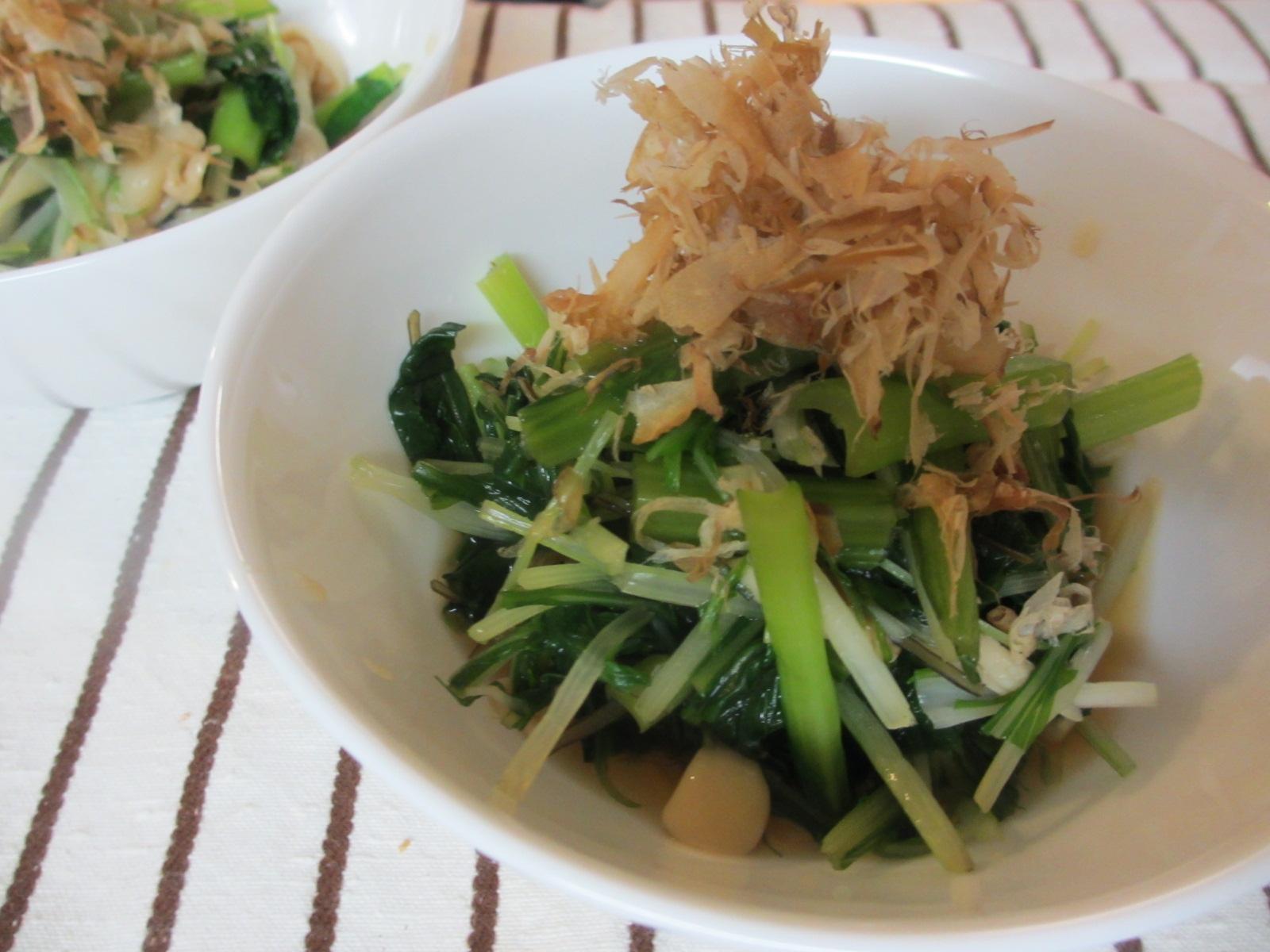 青菜ときのこのスルメ煮浸し