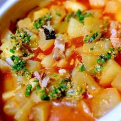 冬瓜と豚ロースカツ肉の韓国風( ›ω‹ )土鍋煮込