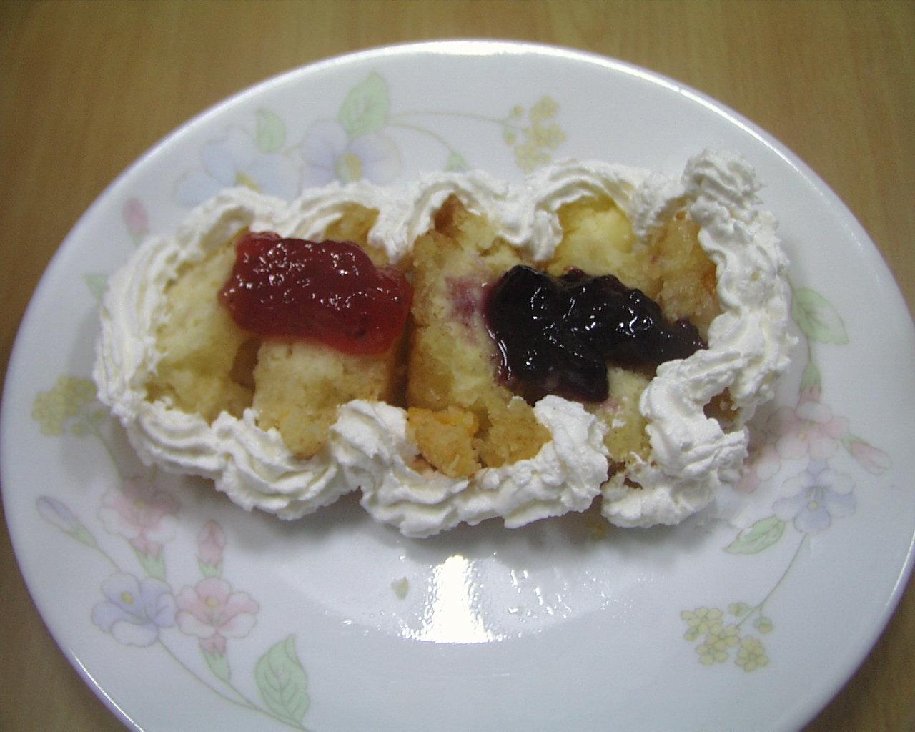 イチゴジャム、ブルーベリージャムフルーツケーキ