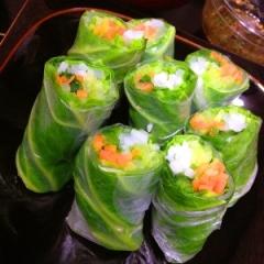 甘くて瑞々しい彩り野菜たっぷりの生春巻き