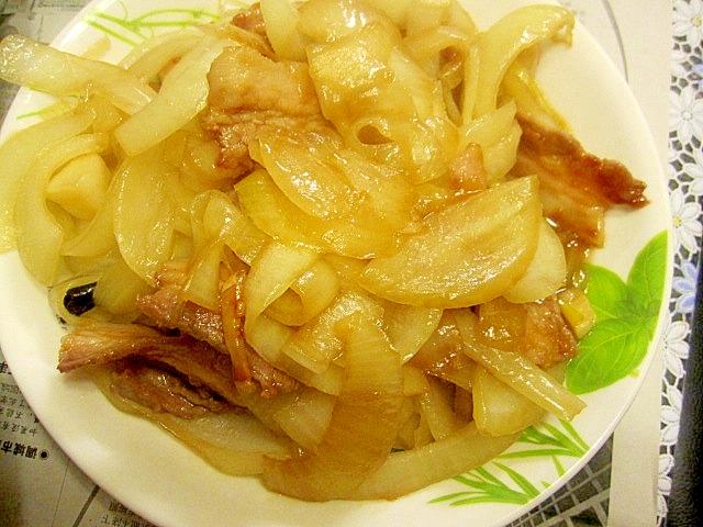 新玉ねぎと豚バラ肉の炒め