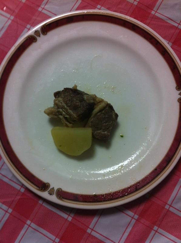 うまうま豚かたまり肉&じゃがいもの炒め物