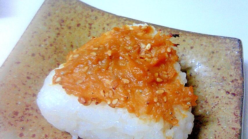 広島県産しらす味噌の焼きおにぎり