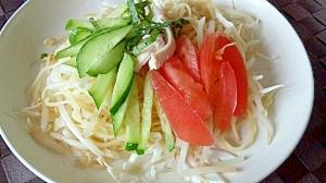 塩麹鶏レシピ♪自家製タレで夏野菜と鶏のまぜ麺